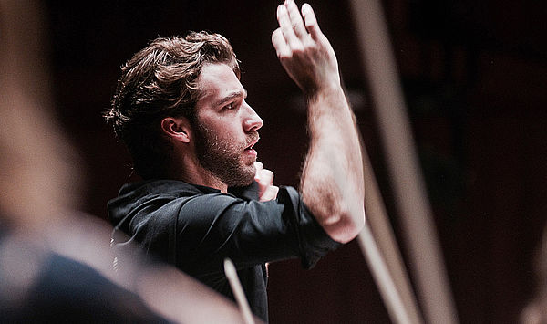 Steep Career: Weimar conducting graduate Lorenzo Viotti becomes Chief Conductor of the Netherlands Philharmonic and the National Opera
