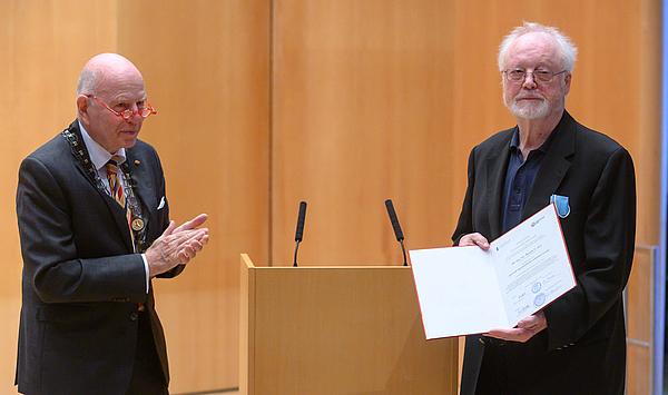 Weimarer Musikhochschule verleiht Ehrendoktorwürde an den renommierten Musikforscher und Diskographen Rainer E. Lotz
