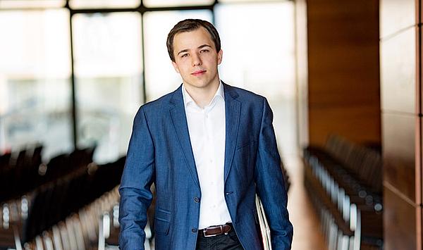 HfM-Alumnus Dominik Beykirch wird Chefdirigent Musiktheater am Deutschen Nationaltheater Weimar