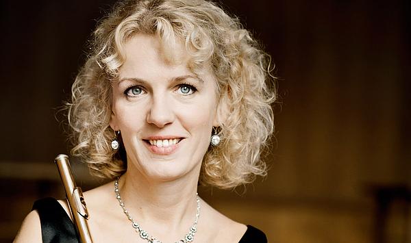 """Klangvolles Antrittskonzert: Flötenprofessorin Anna Garzuly-Wahlgren eröffnet die 61. Weimarer Meisterkurse mit ihrem Ensemble """"Quintessenz"""""""