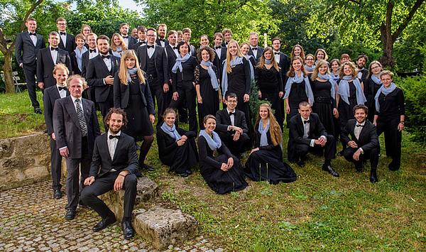 Liebeslieder und Romanzen: Kammerchor der Hochschule singt in Thüringen – und auf Tournee in Mittelengland