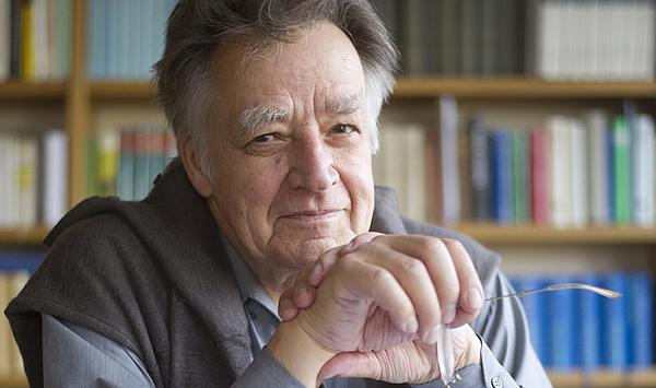 Produktiver Grenzgänger: Die Hochschule für Musik gratuliert ihrem Ehrensenator Prof. Dr. Gülke zu seinem 85. Geburtstag